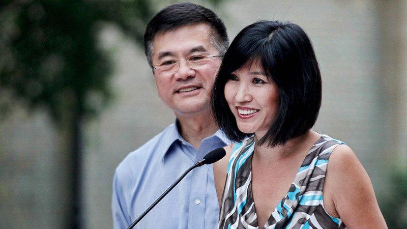 前美驻华大使证实离婚 离开中国就离了