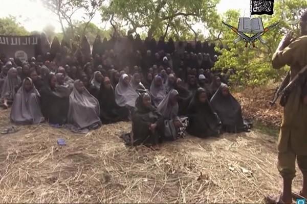 尼日利亚女学生遭绑架3年 换囚谈判释放82人