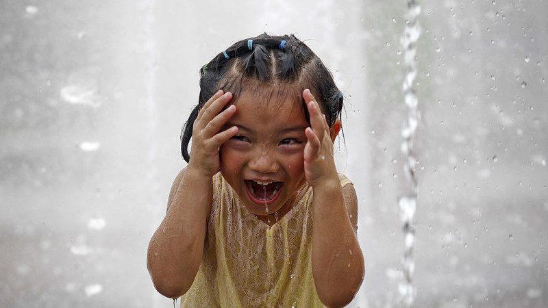 《请刘胡兰离我的孩子远点》——大陆家长致老师信