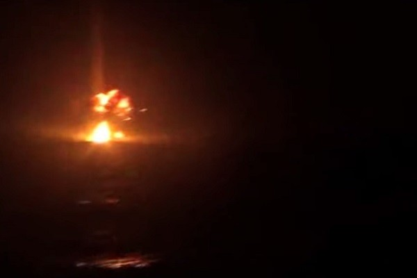也門好戰分子飛彈攻擊阿聯酋船隻 1傷