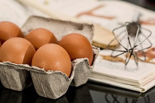 鸡蛋这种吃法,大补气血、黑发、减龄……