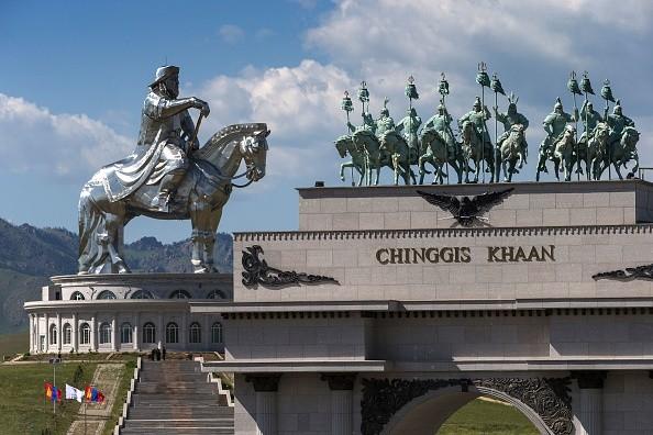 成吉思汗為何給每位蒙古士兵裝備一件絲綢內衣?