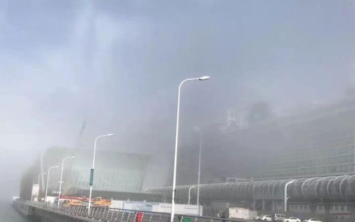 大霧阻開船 中國遊客再唱國歌大鬧挪威郵輪