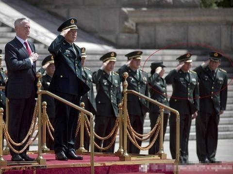 北京招待美防長出醜 軍方被批損形象