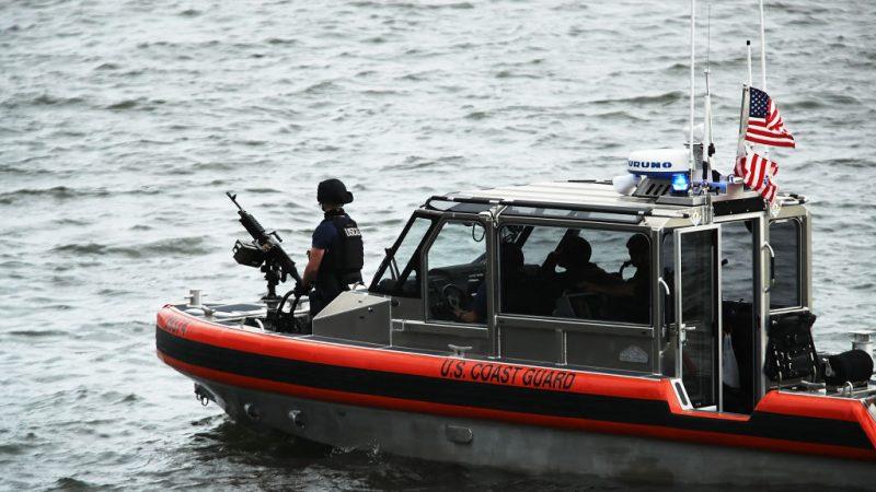 川普力排政府關門影響 海岸警衞隊獲發工資