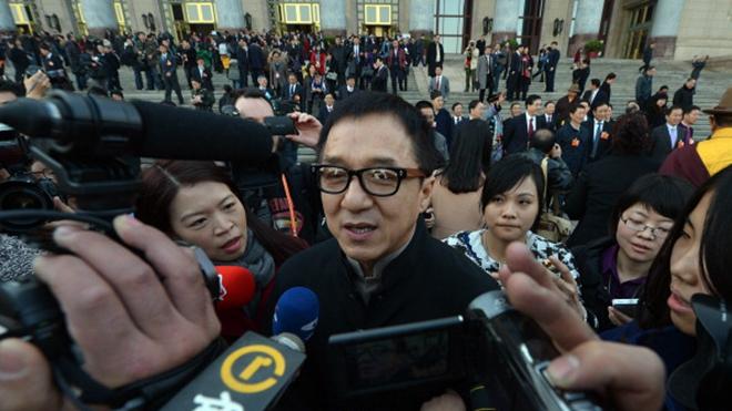 成龙北京豪宅突被查封拍卖 儿子曾在此吸毒