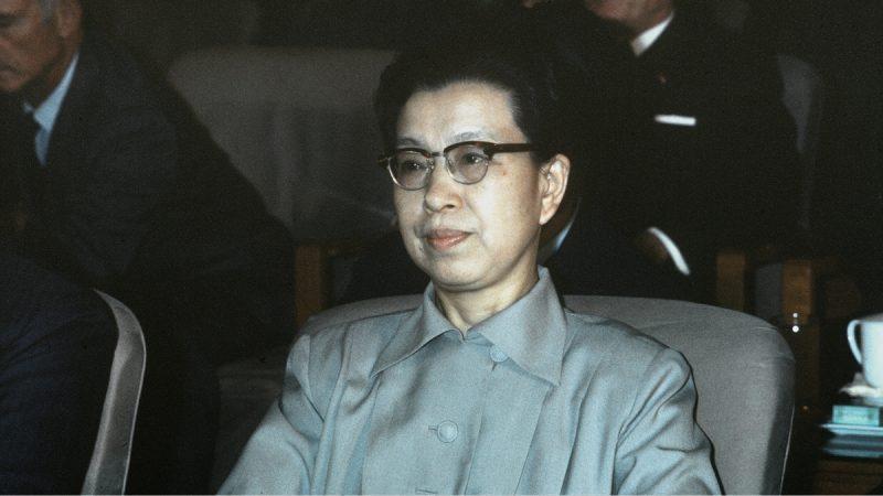 红朝秘辛:陆画家曝江青淫乱生活内幕惊人