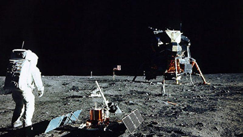 阿波罗11号登月成功 蒋介石祝词留月球