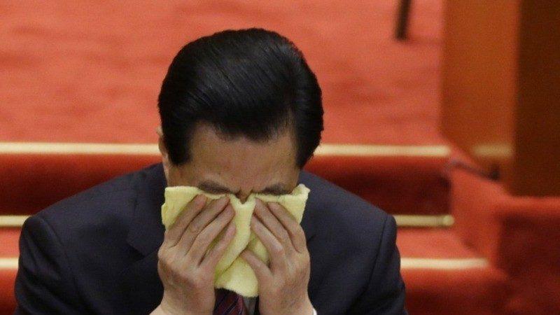 揭密:胡錦濤悲憤難抑 流着淚對習交待4個字
