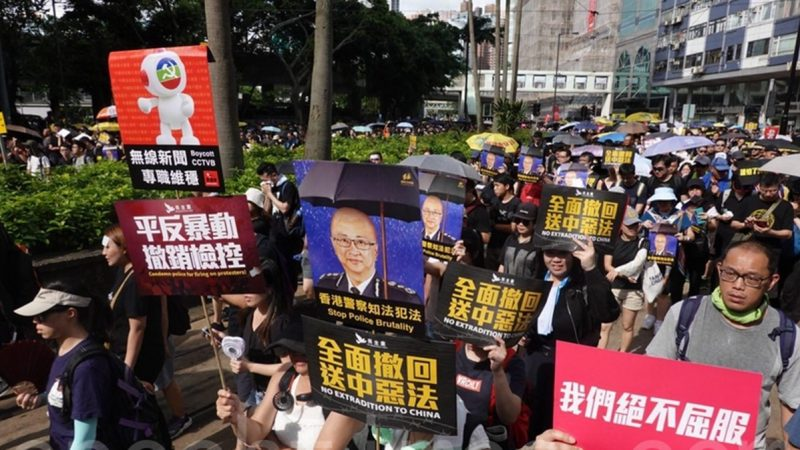 罵學生是暴徒 香港理工大學講師遭停職