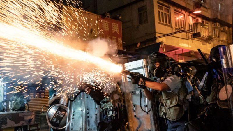 危急信号频现 法媒:香港抗争迎来转折期