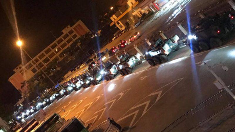 敏感时刻大批中共军车进入香港 视频疯传