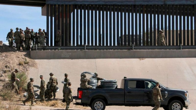对抗非法移民 美国防部:美墨边界维持5500部队