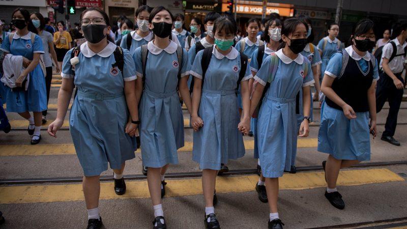 """""""抢救香港刻不容缓"""" 医护界联署谴责港警"""