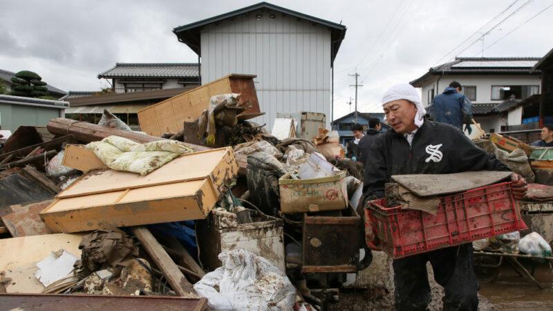 海貝思襲日遇「秋颱效應」已74死 逾萬民宅淹水