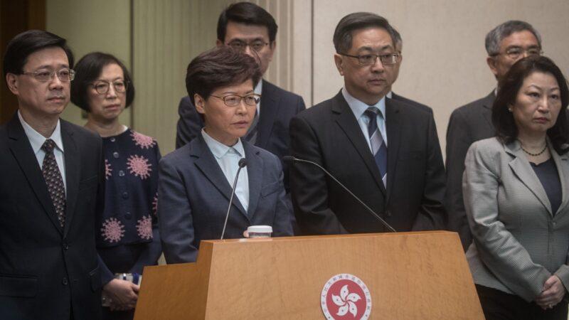 """港媒:香港至少4高官将""""人头落地"""""""