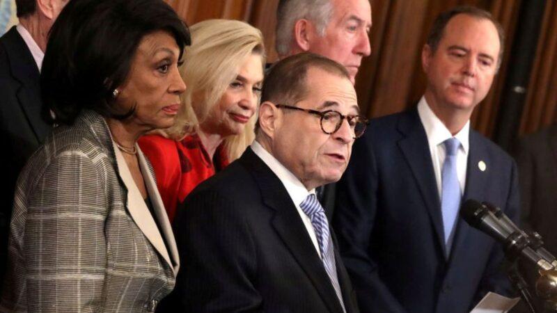 众院宣布弹劾总统两项条款 川普连发推文反击