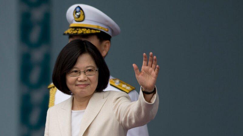 中共反制香港法案惹嘲讽 专家:又给蔡英文送枪炮