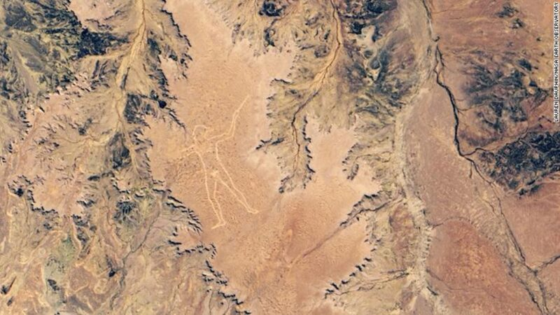 "NASA发布澳洲神秘""马里人""地画卫星图"