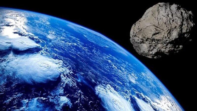 """近日""""潜在危险""""的小行星被天文学家拍到接近地球"""
