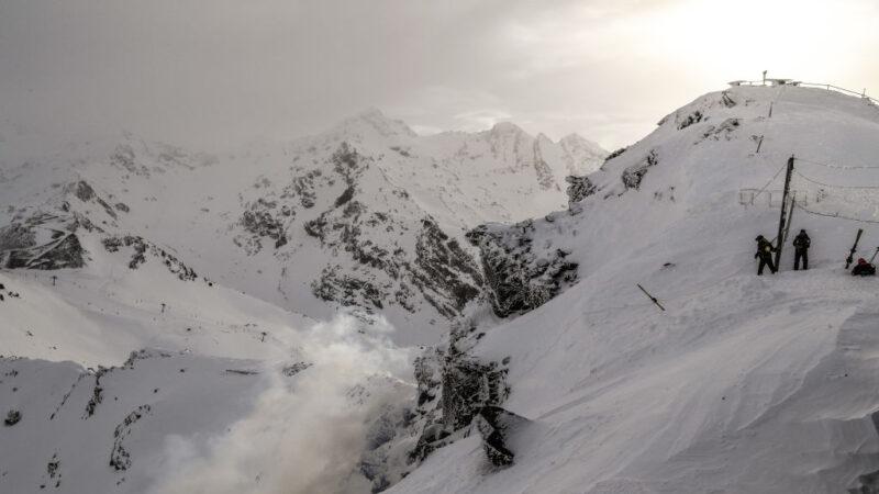 加拿大卑诗省山区雪崩 美2滑雪客丧生