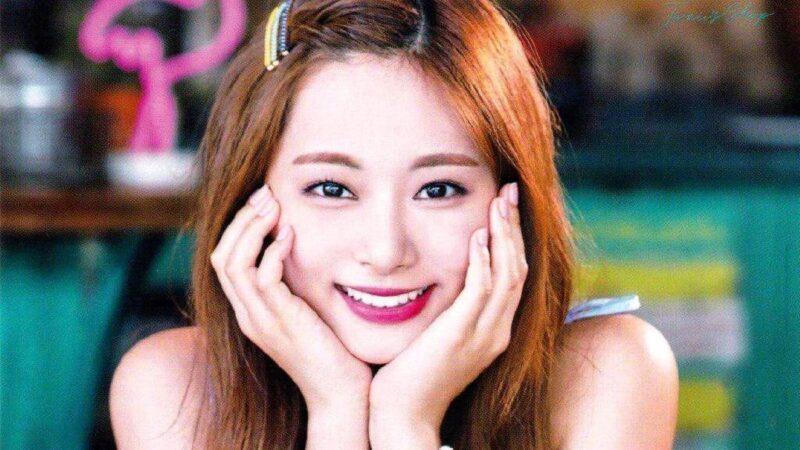 周子瑜首本写真书将在四月底发行 粉丝签名会择日再定