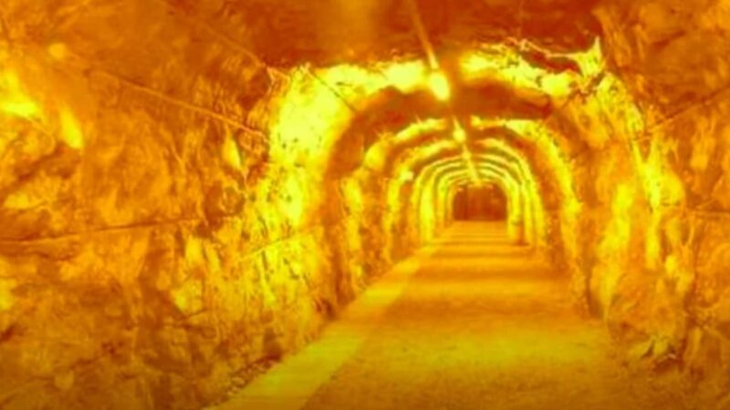 在遥远的史前时代 是谁建造了这规模宏伟的隧道?