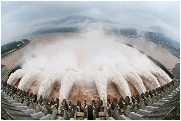 三峽大壩吸金5000億 專家揭中共斂財內幕