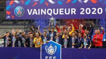 巴黎聖日耳曼奪法國盃 姆巴佩遭飛鏟傷退