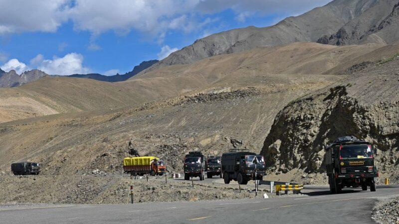 中巴勾结增兵拉达克 印度增派3个师赴前线