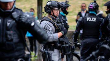 """警方清场""""自治区""""美国西雅图恢复秩序"""
