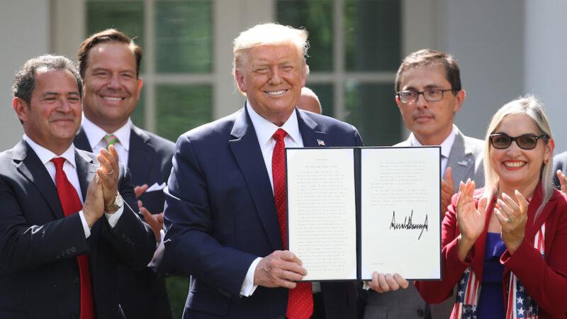 【重播】川普签署《拉美裔繁荣倡议》行政令(同声翻译)