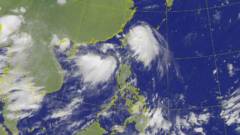 中国南方沿海双台风来袭 北方黄河开闸泄洪