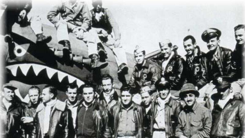 【历史回眸】为中国献身的美国飞行员