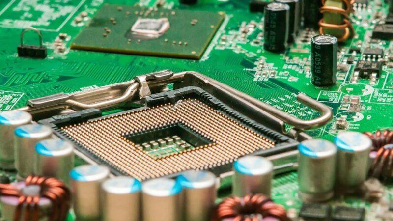 芯片國產夢碎 中國唯一7納米光刻機被抵押