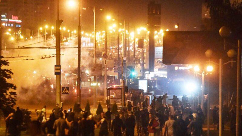 白俄羅斯爭議性大選引動亂 警動用槍枝並拘留6000多人