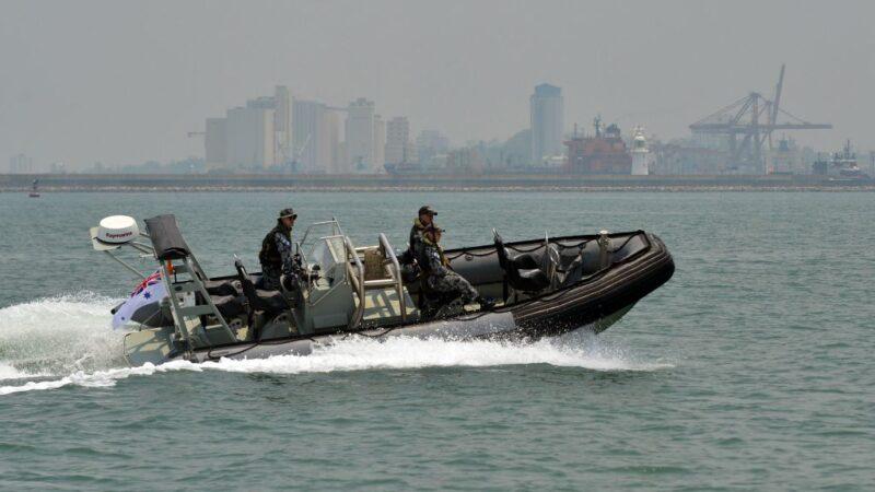 密谋购军用充气船至中国 美华裔海军上尉之妻认罪