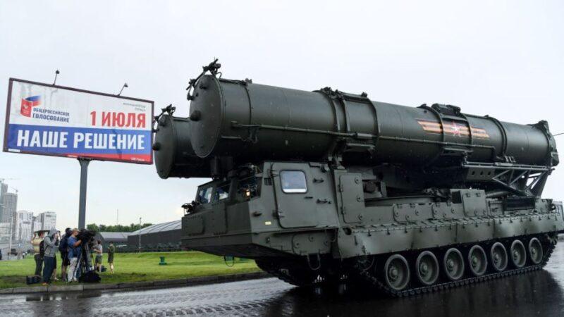 """俄军售印度被指""""捅刀中共"""" 党媒为俄辩护"""