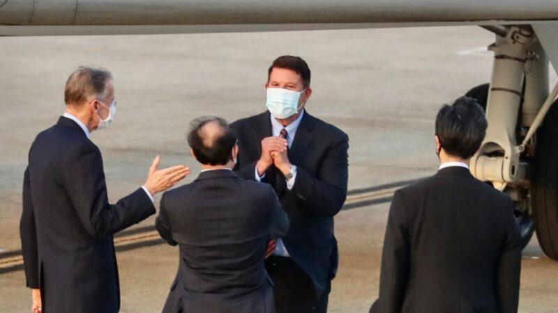 快讯:美国国务次卿克拉奇抵达台湾(视频)