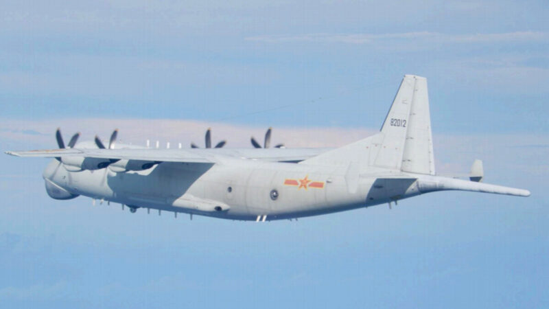 中共军机连续两天扰台 美军航母进入南海