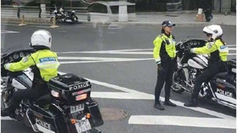 """长春交警购36万哈雷摩托 网民批""""臀尖上的浪费"""""""