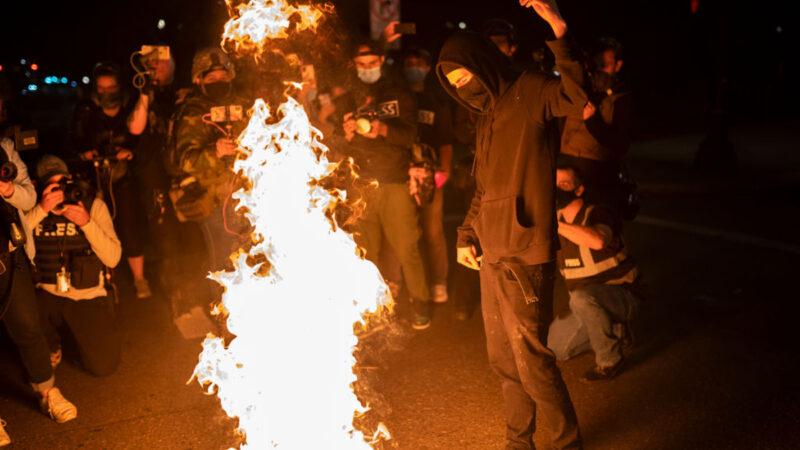 專家揭美騷亂背後推手 2親中共社會主義組織曝光