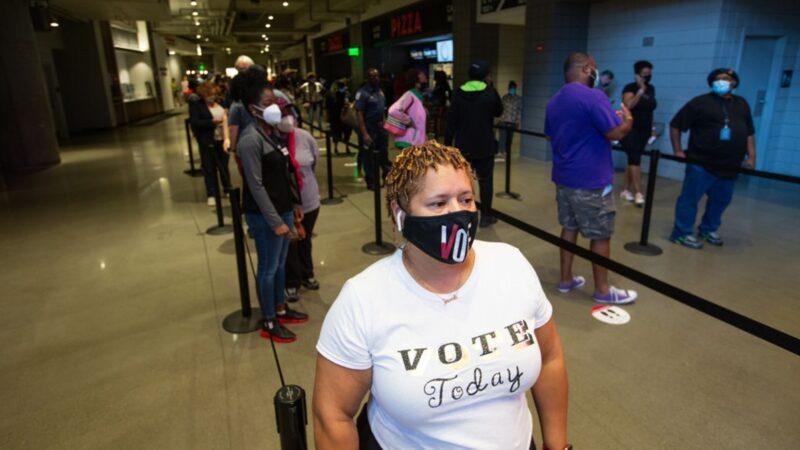 乔治亚州提前投票首日现场火爆 投票率创纪录