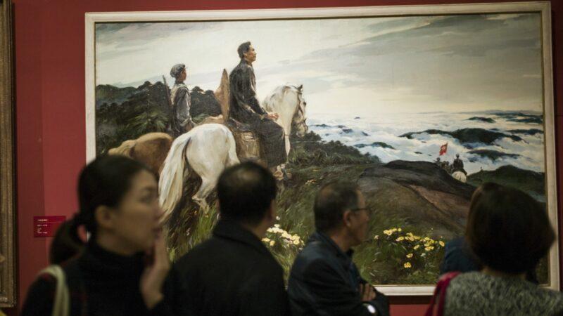 網文:深不可測的京城飯局 老首長被逼入席成警衛搖錢樹