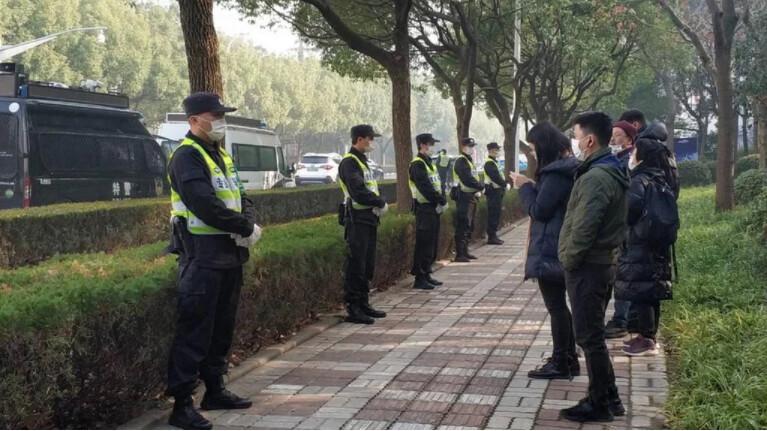 報導武漢疫情真相 公民記者張展判囚4年