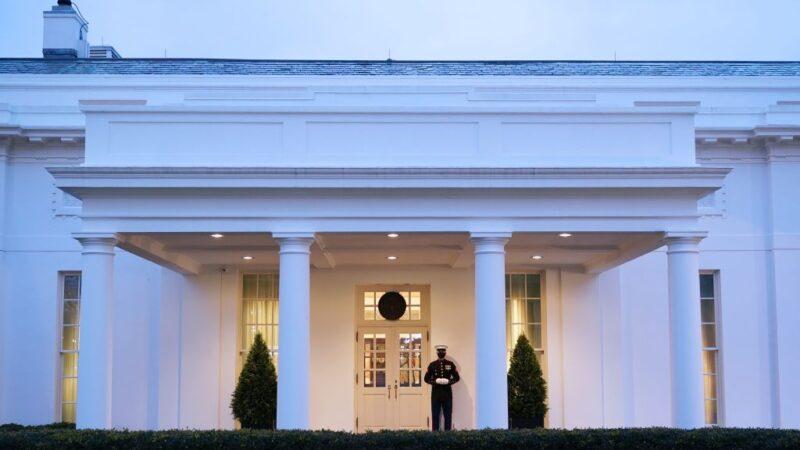 川普白宮留信內容 拜登稱「非常寬宏大量」