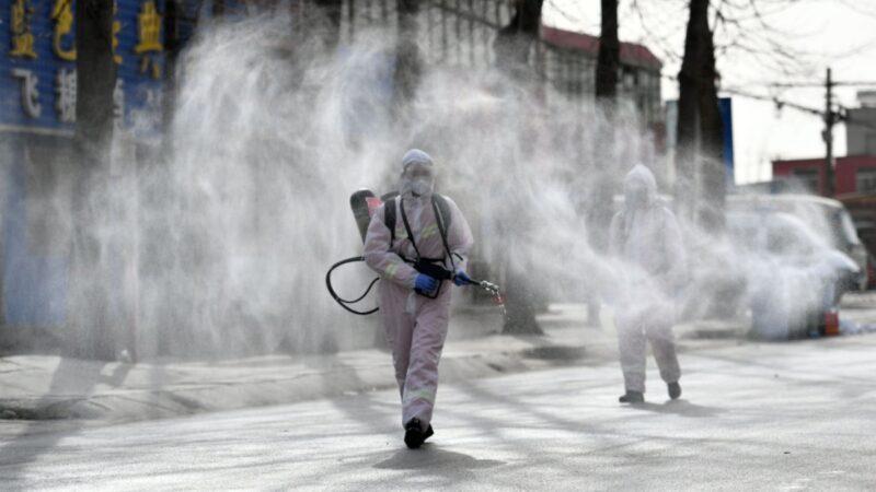 中國疫情升級 美疫死近43萬 英專家稱封鎖無用