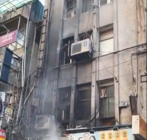 北市南阳街网咖传火警 急疏散25人幸无伤亡