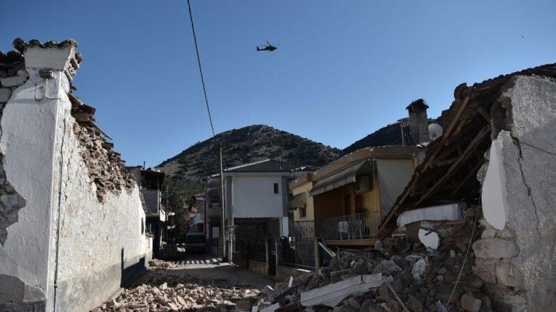 希腊6.3强震 百栋建物受损 民众千钧一发逃生