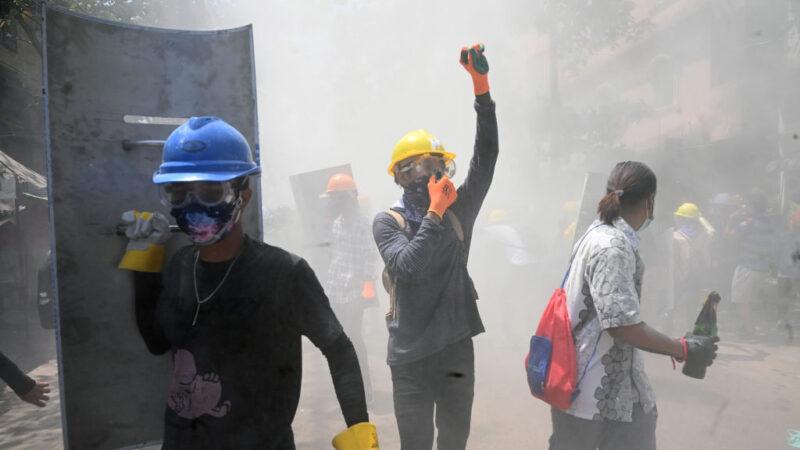 扭轉軍方政變局面 緬甸至少9個工會發動全面罷工
